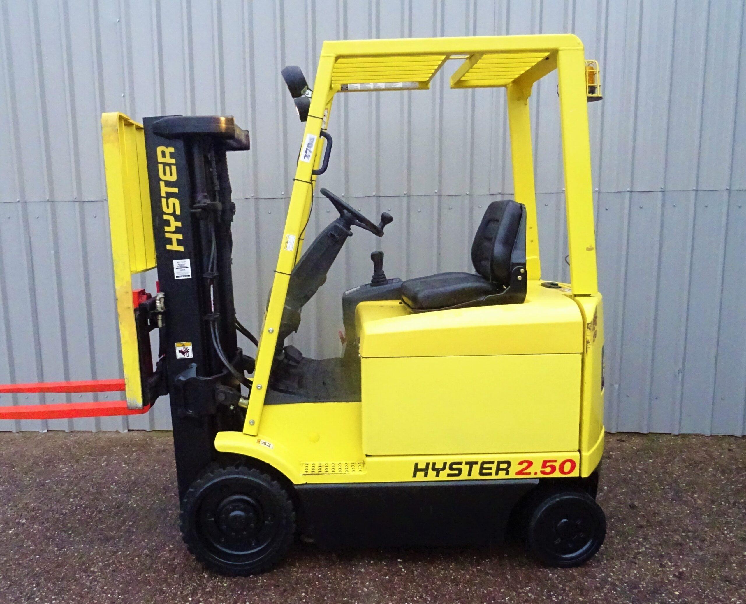 HYSTER E2.50XM SERIAL F108A05273Z #2704 (1)