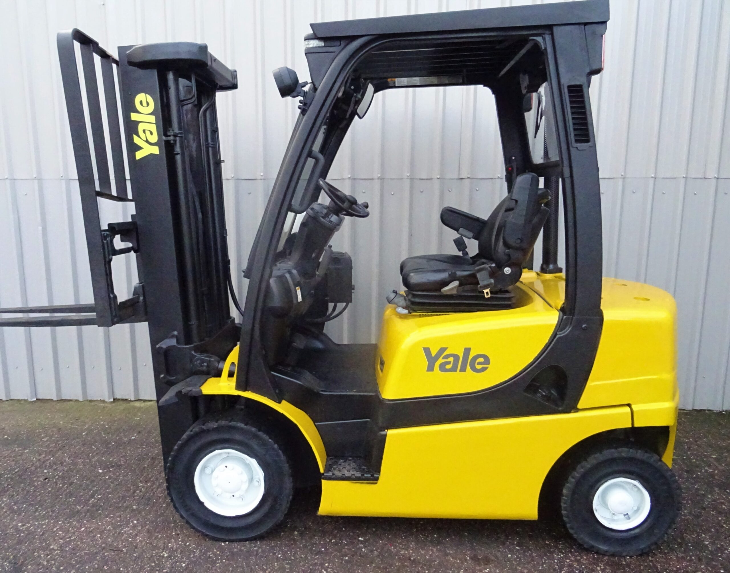 yale gdp20vx serial B26051L #2587 (1)