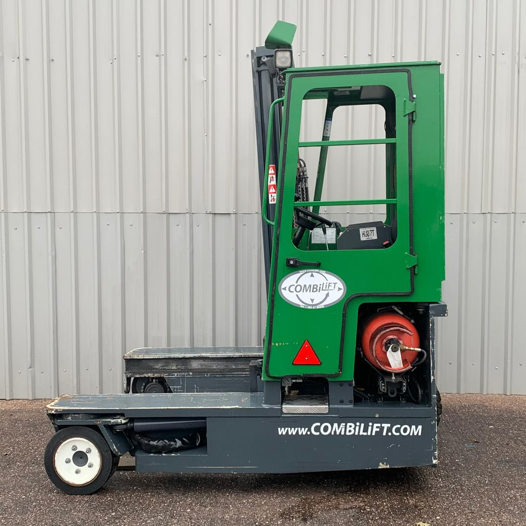 COMBILIFT C3000 #3049 SERIAL 13073 WhatsApp Image 2020-09-30 at 2.20.24 PM (1)