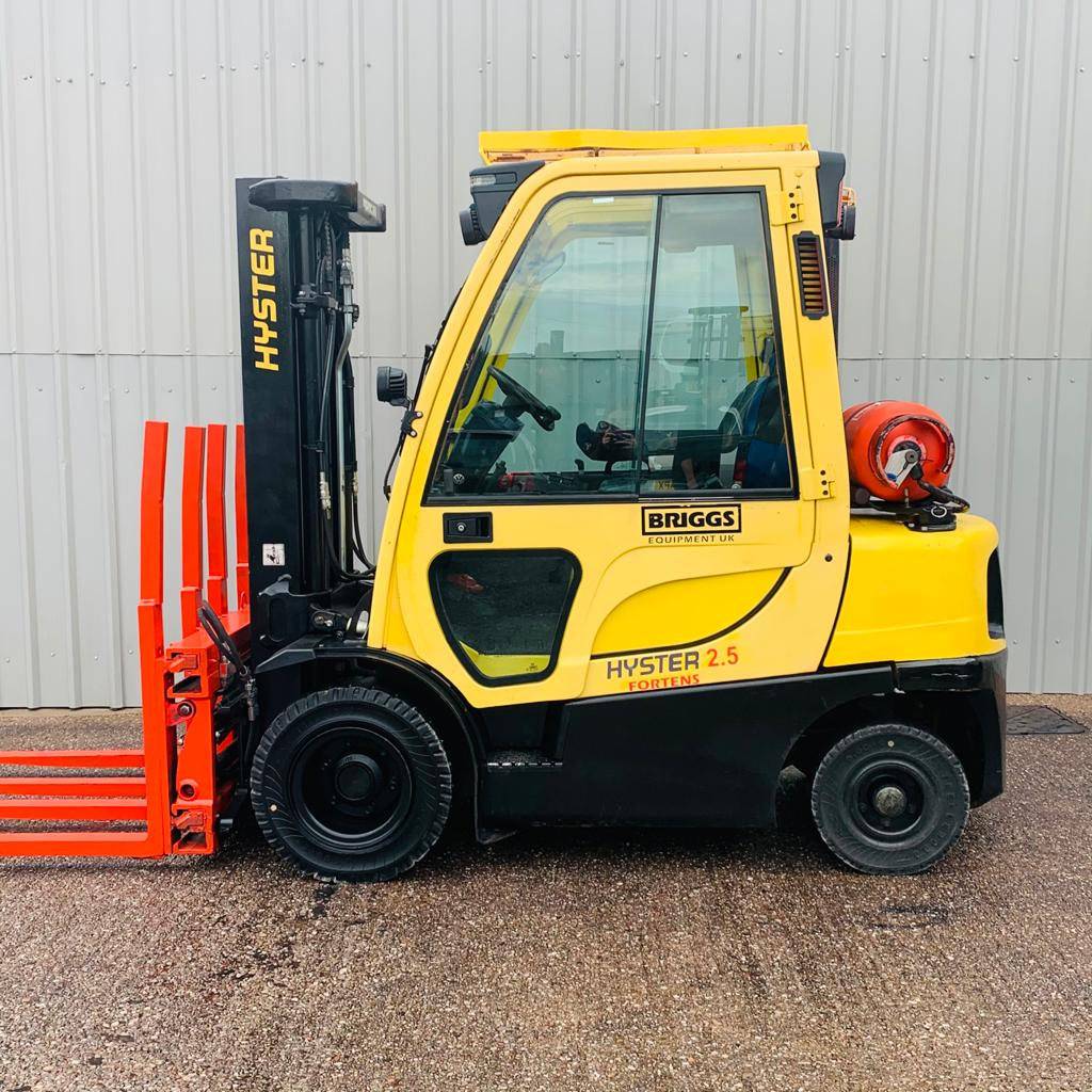 HYSTER H2.5FT L177B37649K #3067 WhatsApp Image 2020-10-05 at 10.48.05 AM (5)