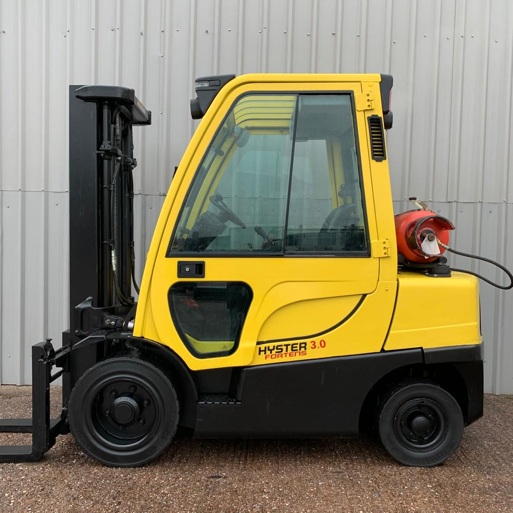HYSTER H3.0FT L177B28194G #2894 WhatsApp Image 2020-07-03 at 8.26.47 AM (1)