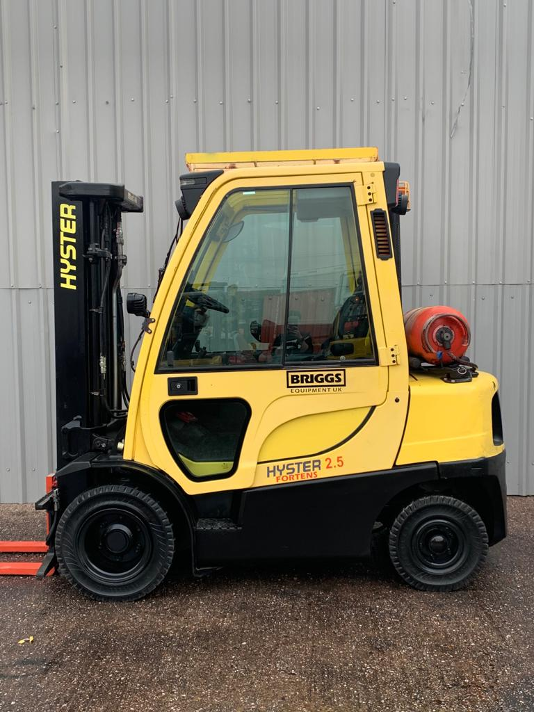 HYSTER H2.5FT #3036 SERIAL L177B37677K WhatsApp Image 2020-09-28 at 3.59.37 PM (1)