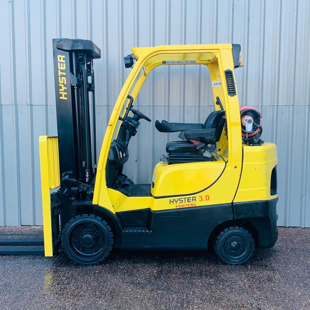 HYSTER S3.0FT #3116 G187V02864M WhatsApp Image 2020-11-04 at 12.02.46 PM (1)