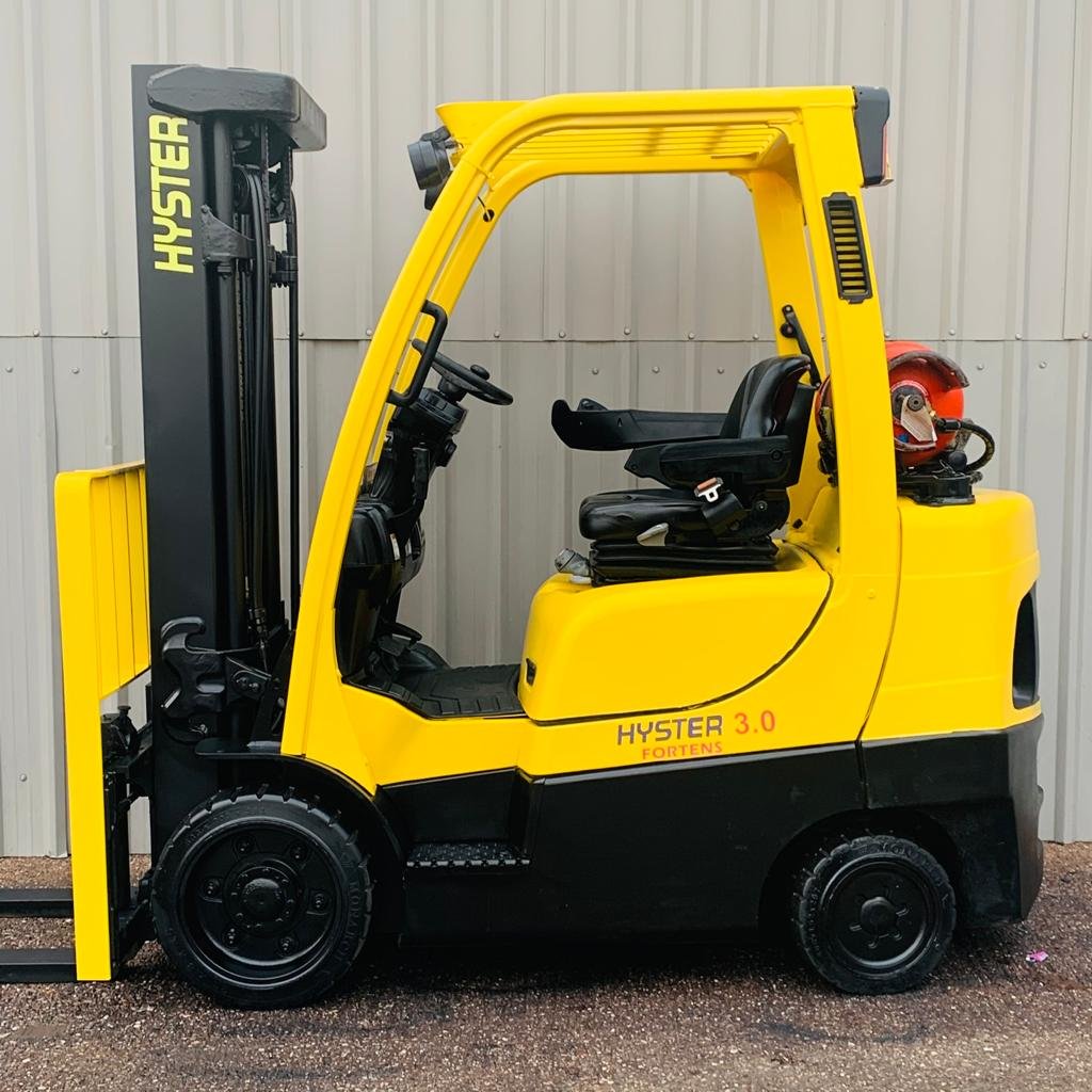 HYSTER S3.0FT SERIAL G187V02863M #3117 WhatsApp Image 2020-11-27 at 10.48.55 AM (1)
