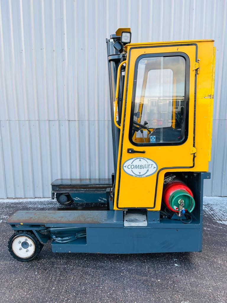 COMBILIFT C3000 SERIAL 13917 #3262 WhatsApp Image 2021-02-11 at 6.11.14 AM (1)