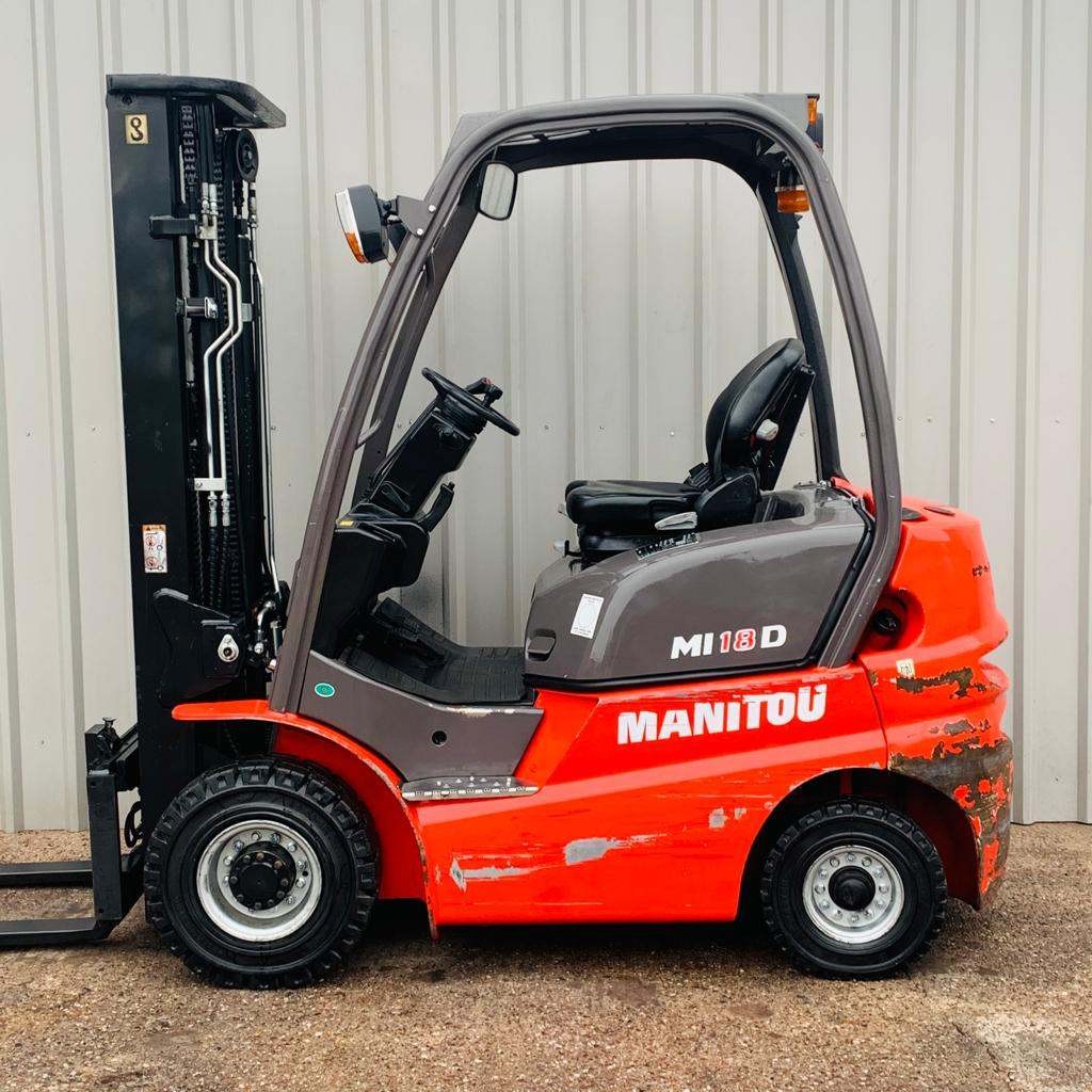 MANITOU ML18D #3301 SERIAL 858271 WhatsApp Image 2021-03-01 at 1.26.45 PM (1)