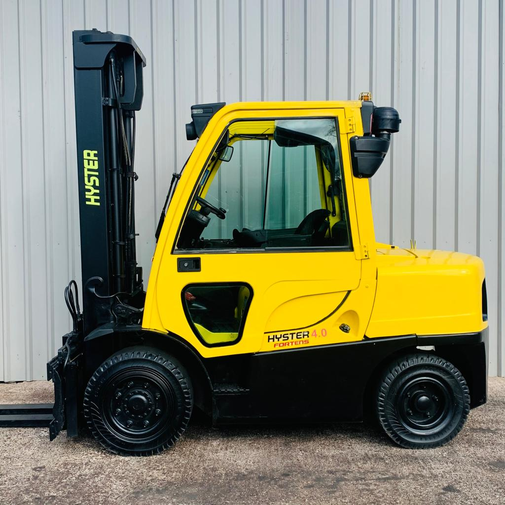 HYSTER H4.0FT #3328 B03000H WhatsApp Image 2021-03-29 at 10.23.06 AM (1)