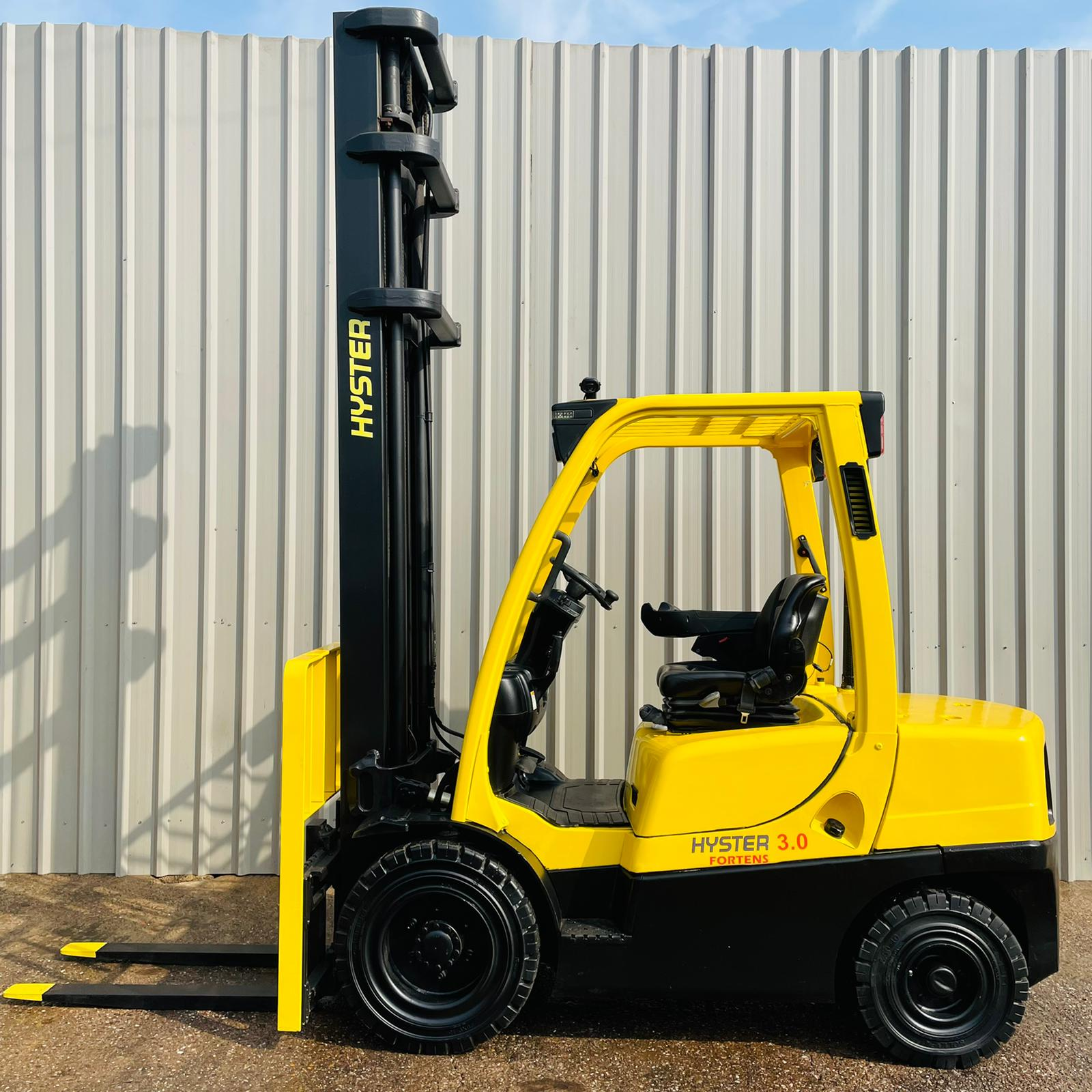 HYSTER H3.0FT #3471 WhatsApp Image 2021-07-23 at 9.30.35 AM (1)